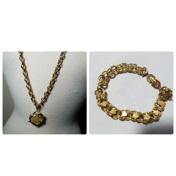 3f1a4619fc69cf Monet Signed Vintage Gold Tone Necklace Bracelet.  M_5b3e16cff63eea3d31e94b97. Other Jewelry ...